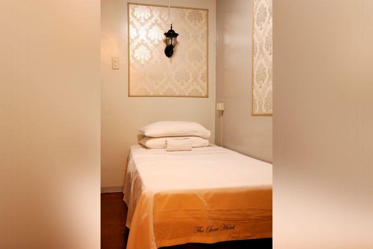 Boac Hotel Marinduque_Standard Room_3